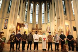 Mentri Agama, Yaqut berkunjung ke Katedral Jakarta